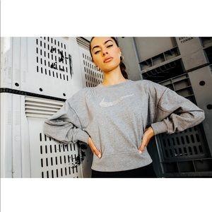 Nike oversized sweater